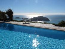 Villa Maisonette der Poolvilla 'Sans Soucis'