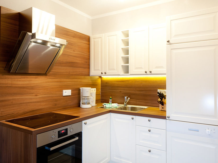 ferienwohnung 3 im haus granitz ostsee r gen binz mecklenburg vorpommern firma. Black Bedroom Furniture Sets. Home Design Ideas