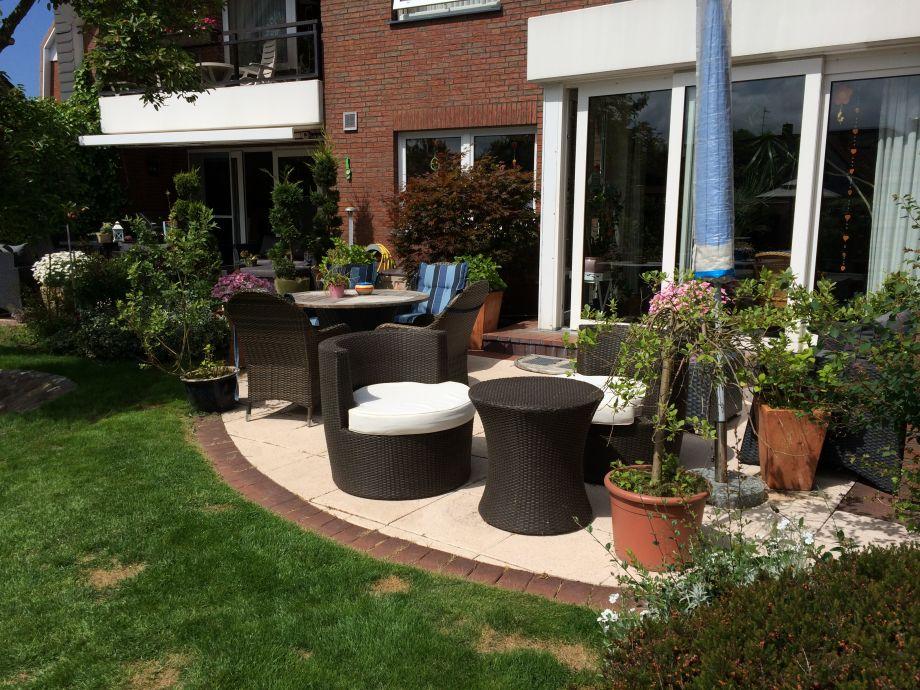 Garten mit Terrasse, Strandkörben,Schaukel, Sandkiste,T