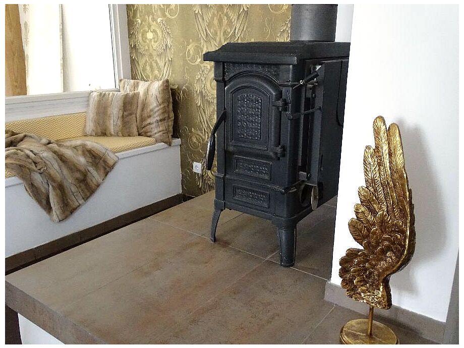 Stilvoller Wohnraum mit gemütlichem Kamin!