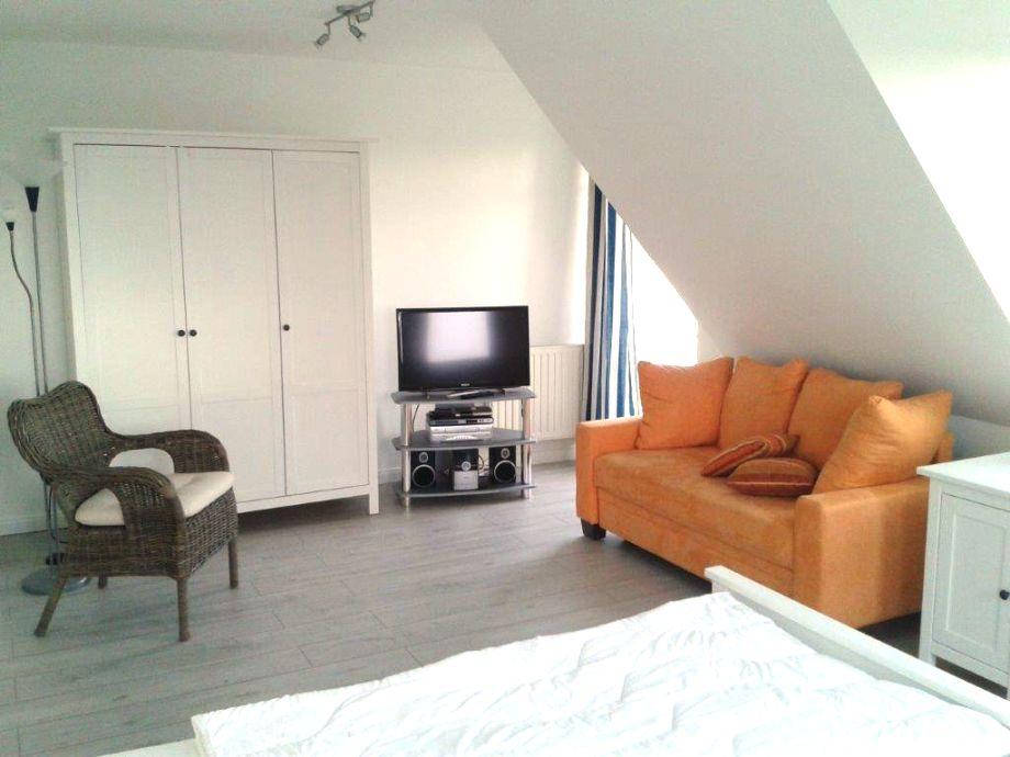 schlafzimmer mit tv ~ speyeder.net = verschiedene ideen für die ... - Tv Im Schlafzimmer