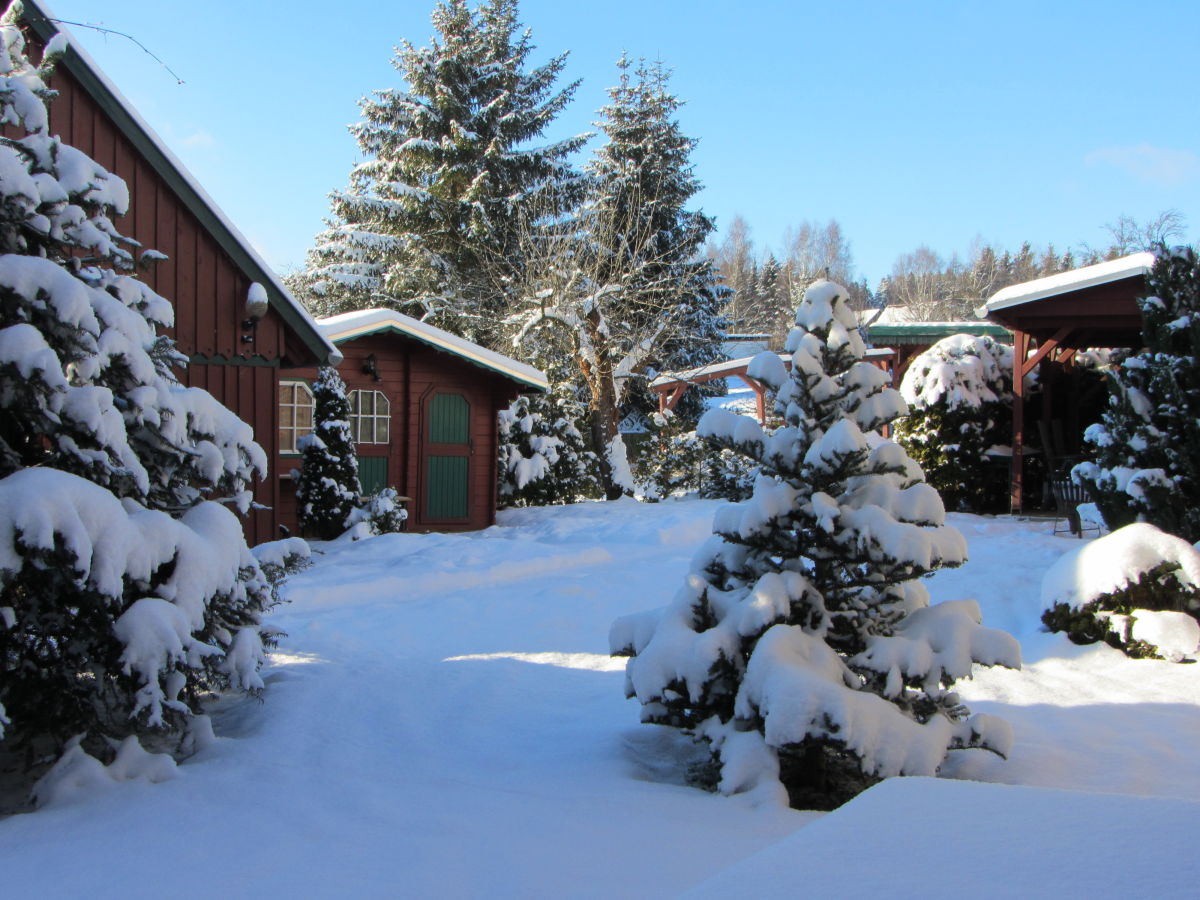 Ferienhaus harzschl sschen in g ntersberge unterharz harz herr stoeke - Garten im winter ...