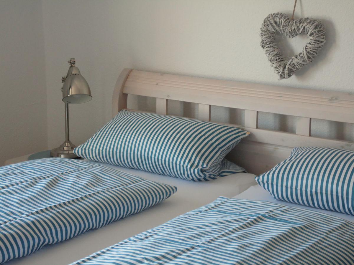 ferienwohnung oner taag nordfriesische inseln oldsum auf f hr frau carina nickelsen. Black Bedroom Furniture Sets. Home Design Ideas