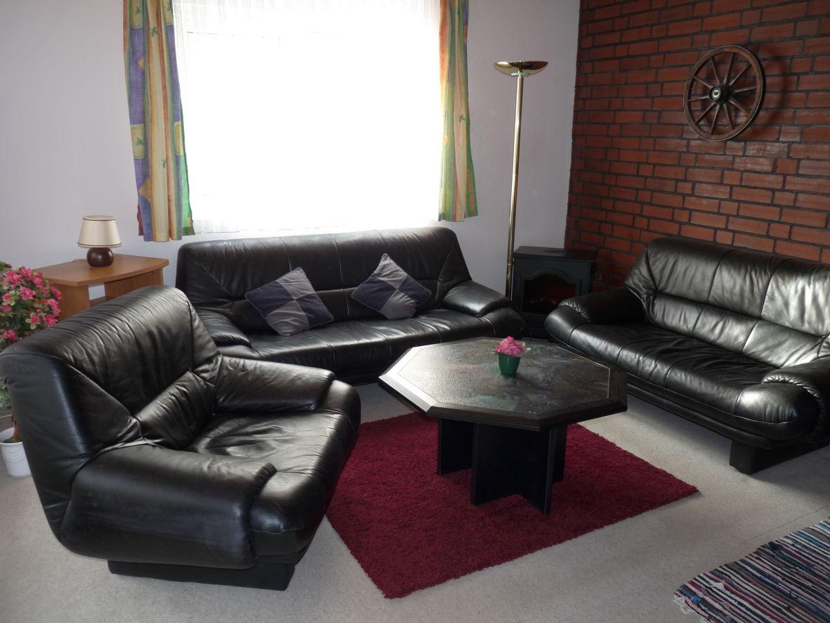 ferienhaus in silz mecklenburgische seenplatte fleesensee silz firma ferienhausvermietung. Black Bedroom Furniture Sets. Home Design Ideas