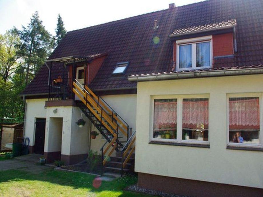 Haus mit Eingang zu Ihrer Ferienwohnung
