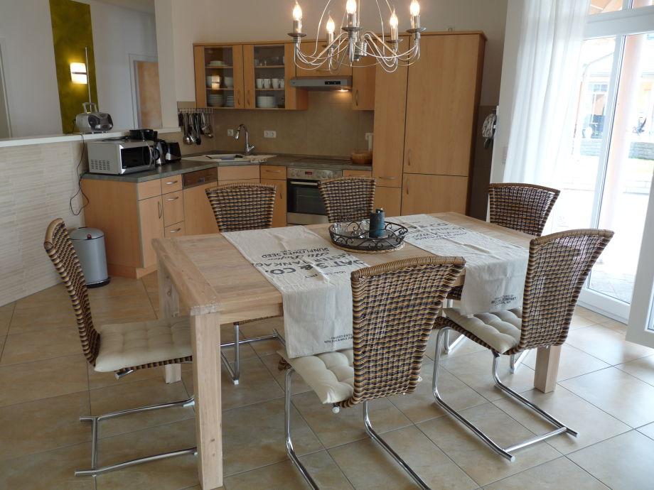 ferienhaus in wesenberg feldberger seenlandschaft. Black Bedroom Furniture Sets. Home Design Ideas