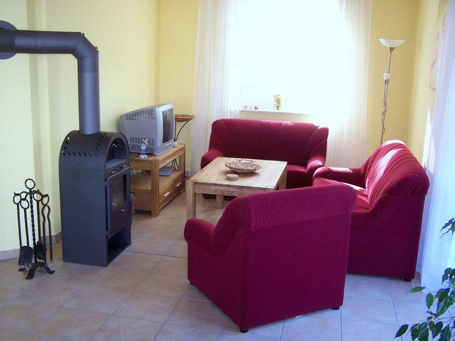 ferienhaus in g hren lebbin mecklenburgische seenplatte g hren lebbin firma. Black Bedroom Furniture Sets. Home Design Ideas