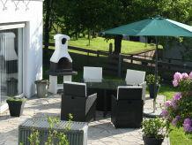 Ferienwohnung mit Terrasse u. Grillkamin