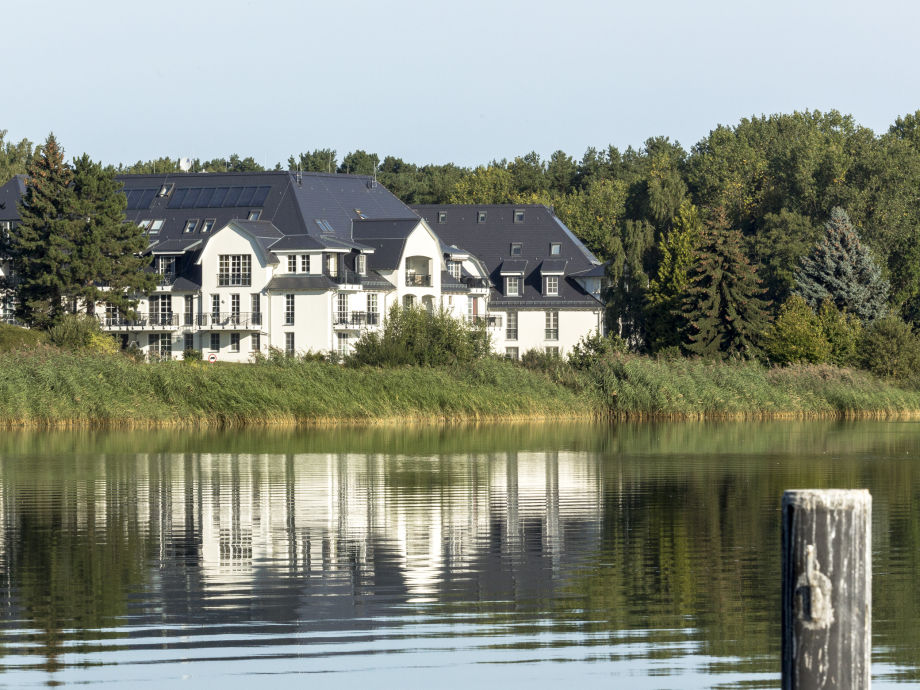 view to the Residenz am Balmer Lake