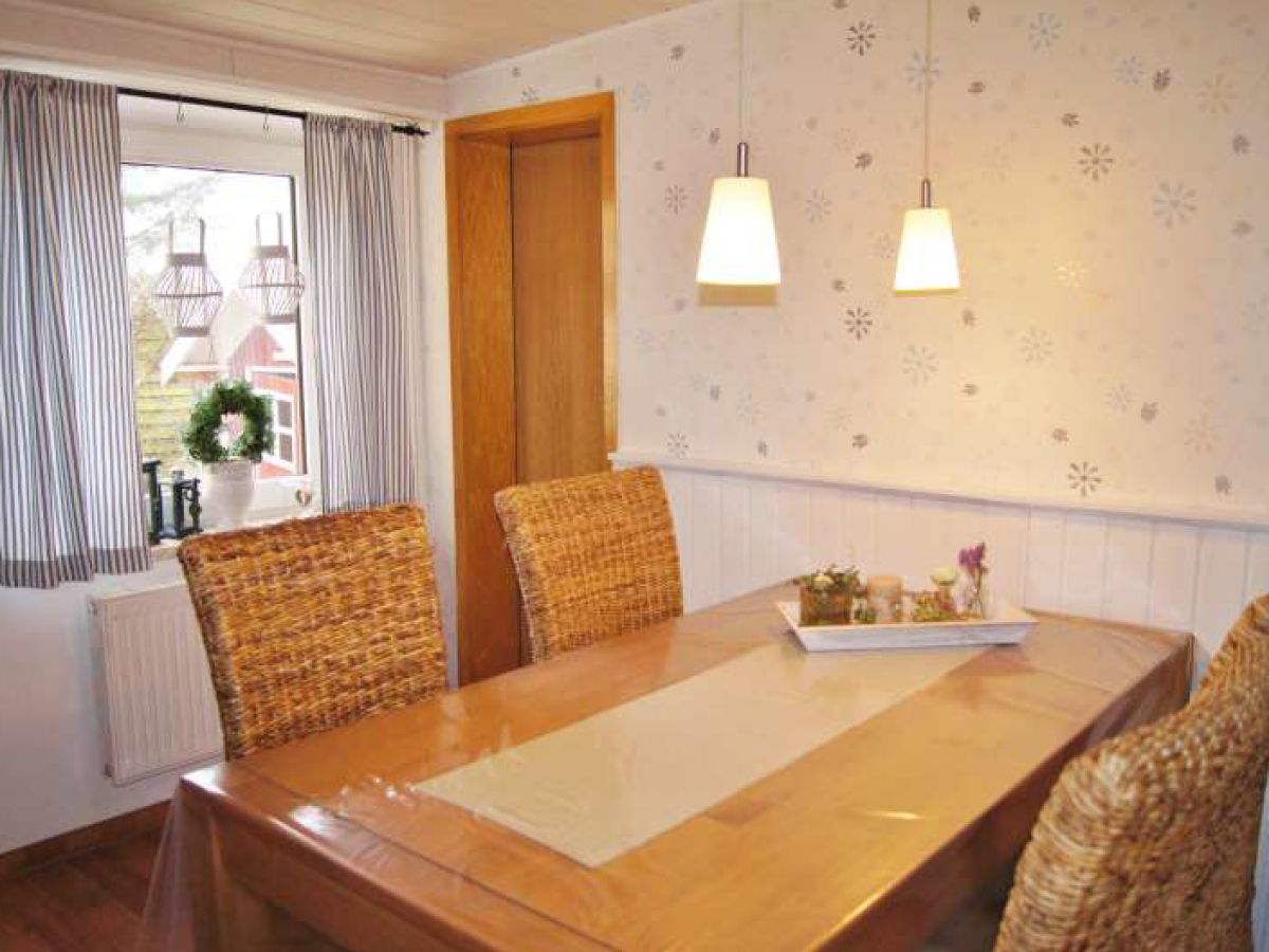 ferienwohnung lara dahme firma vermittlungsb ro wandelt herr dirk wandelt. Black Bedroom Furniture Sets. Home Design Ideas