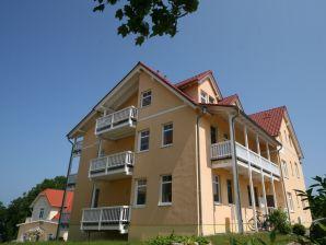 Ferienwohnung 06 Villa Bergfrieden