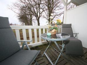Ferienwohnung Kurs Nordost mit Balkon