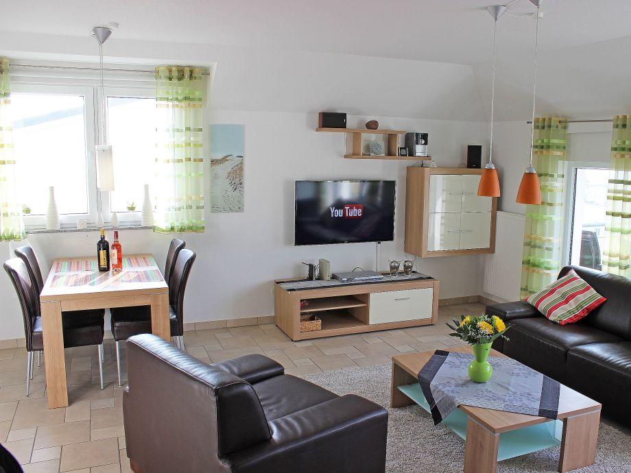 Das moderne Wohn- und Esszimmer