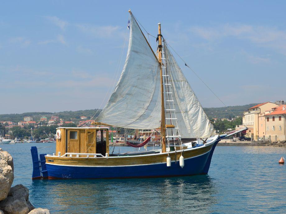 Holzboot der Weinlese 3 Bucht