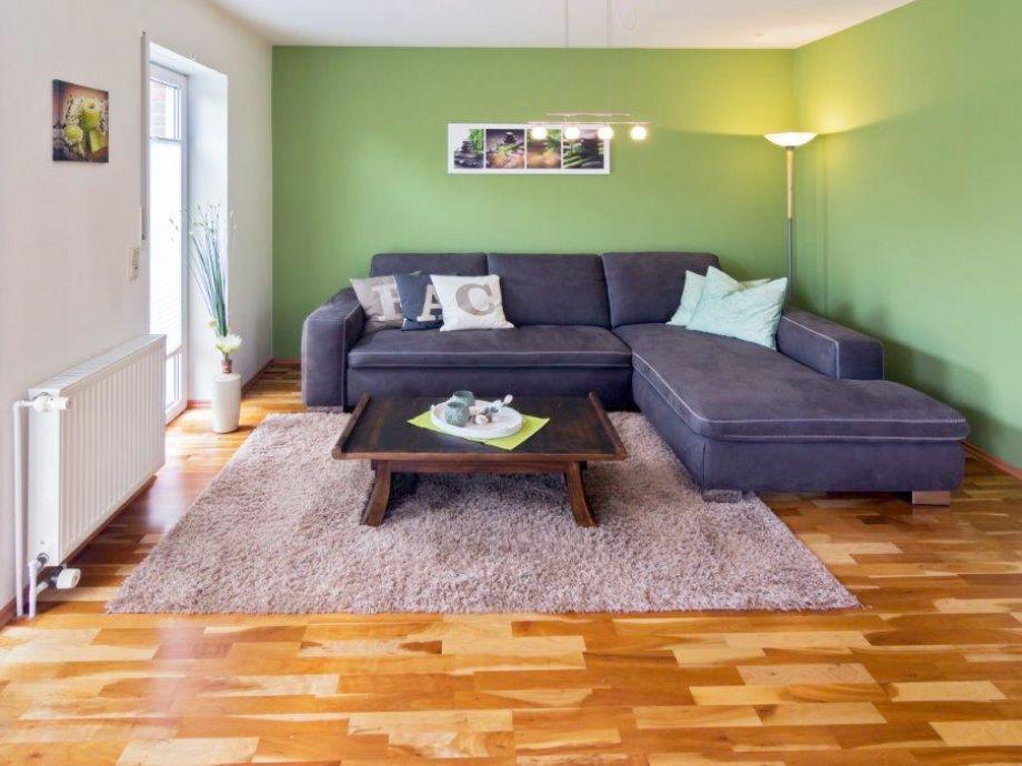 Wohnzimmer mit Couchlandschaft