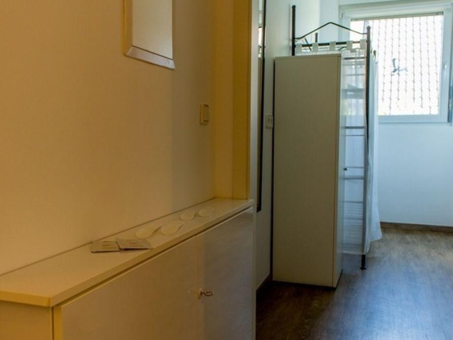 ferienwohnung zum goldenen hirsch niederrhein firma. Black Bedroom Furniture Sets. Home Design Ideas