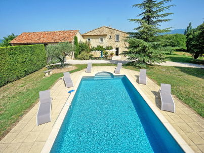 with pool outside of Roussillon in Provence
