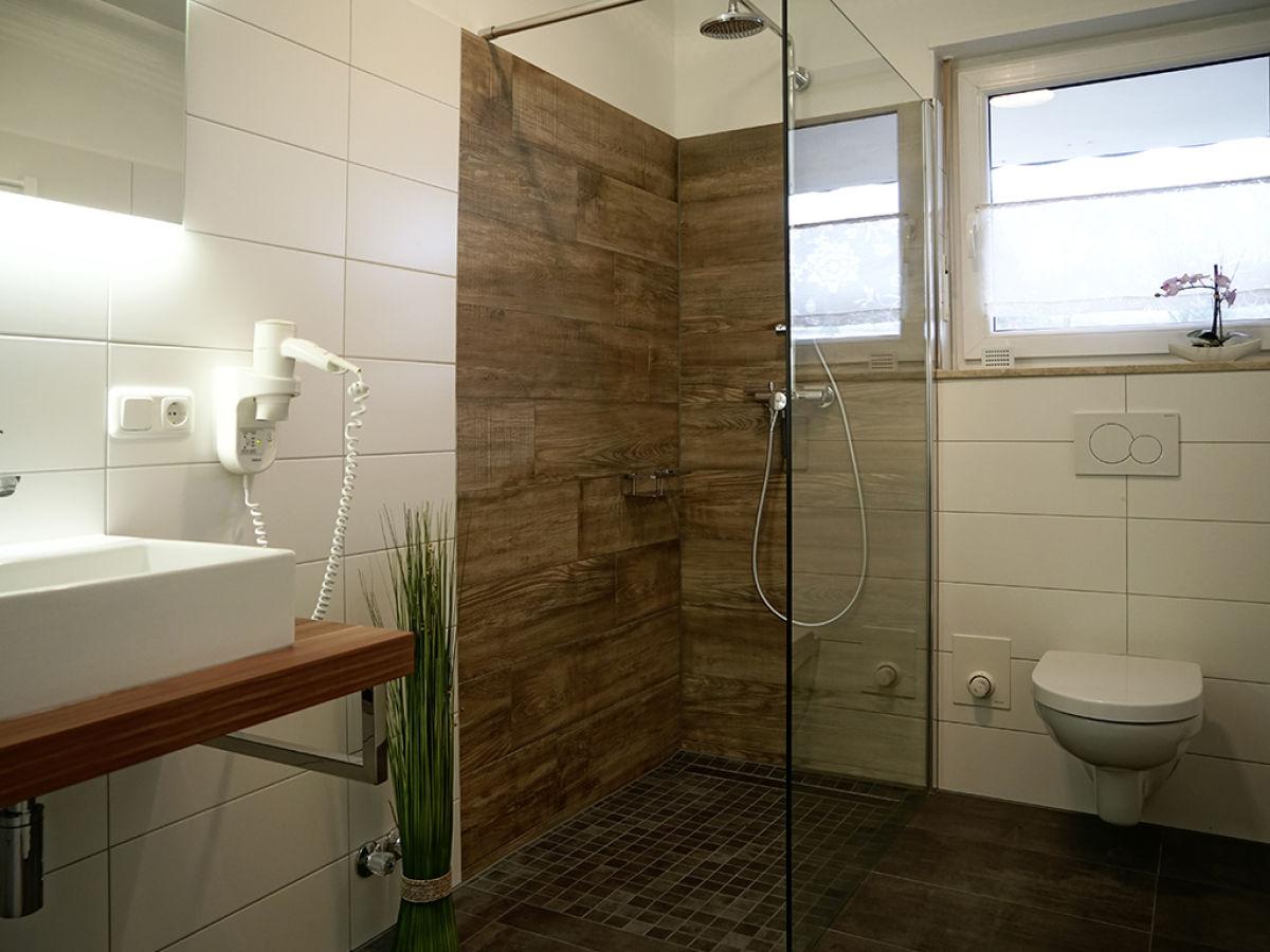 ferienwohnung im landhaus fernblick rh n herr rainer hohmann. Black Bedroom Furniture Sets. Home Design Ideas