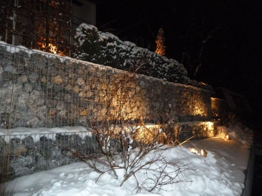 Die Gabionen im Schnee