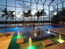 Villa South Beach