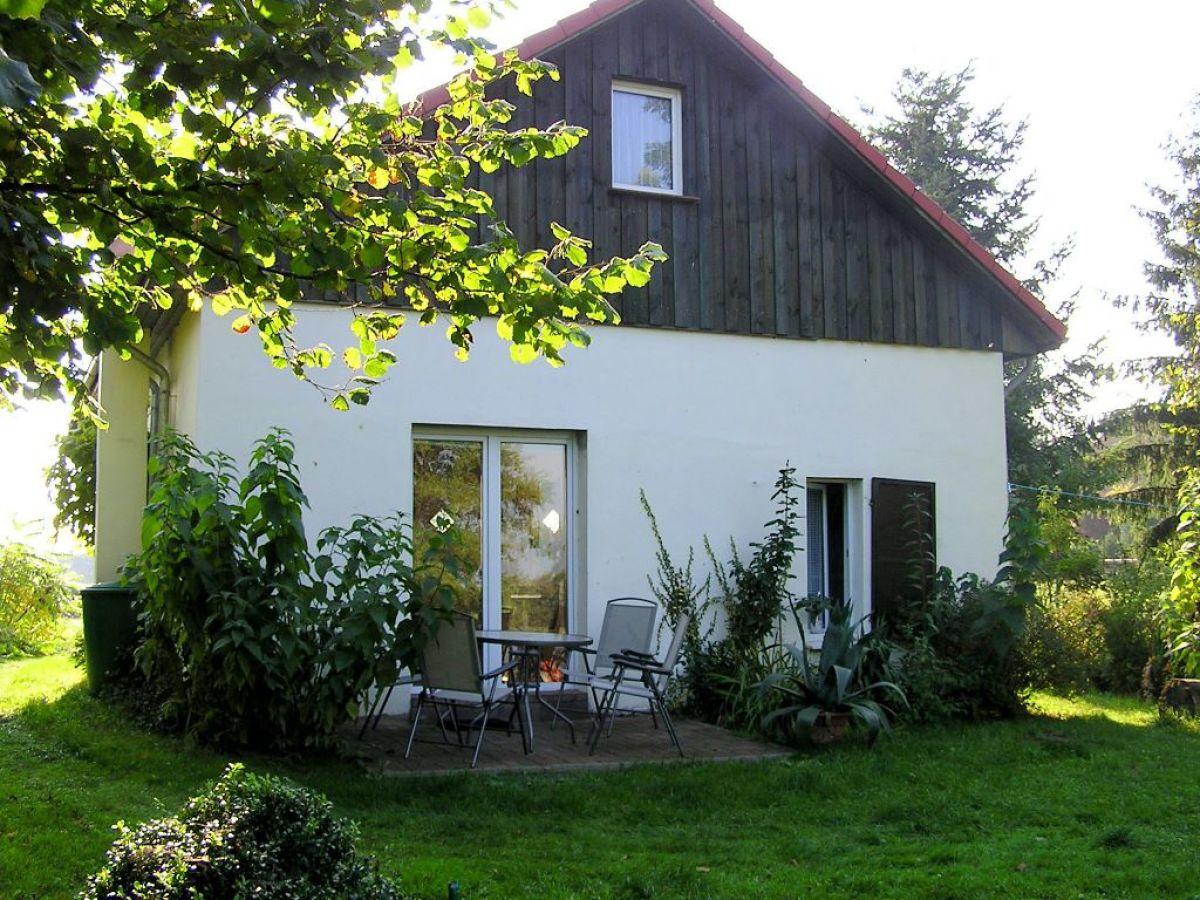 Ferienhaus gl cklich am loppiner see mecklenburgische for Ferienhaus am see