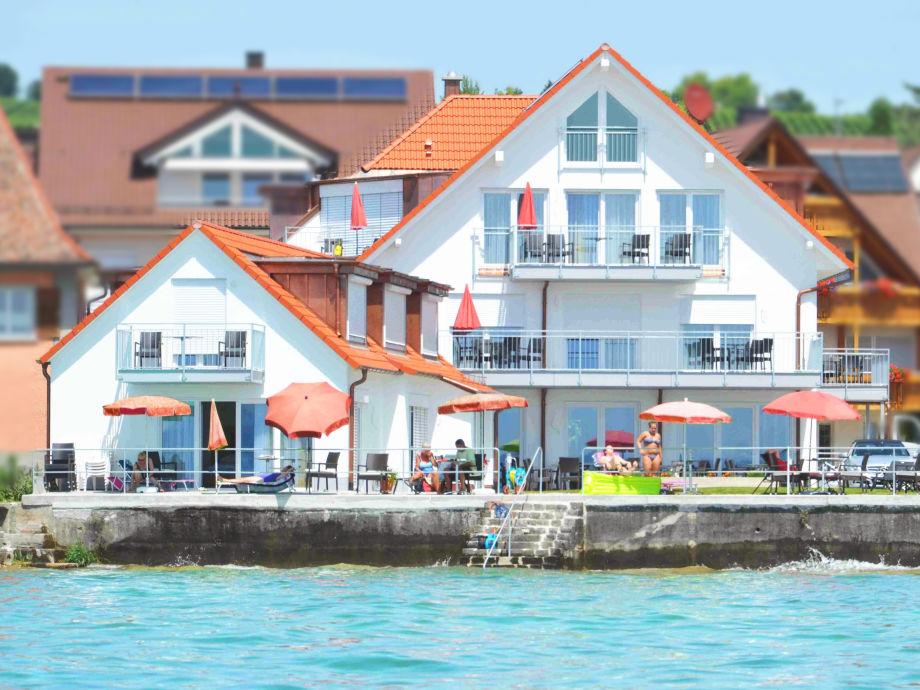 Haus-Ansicht von der Seeseite