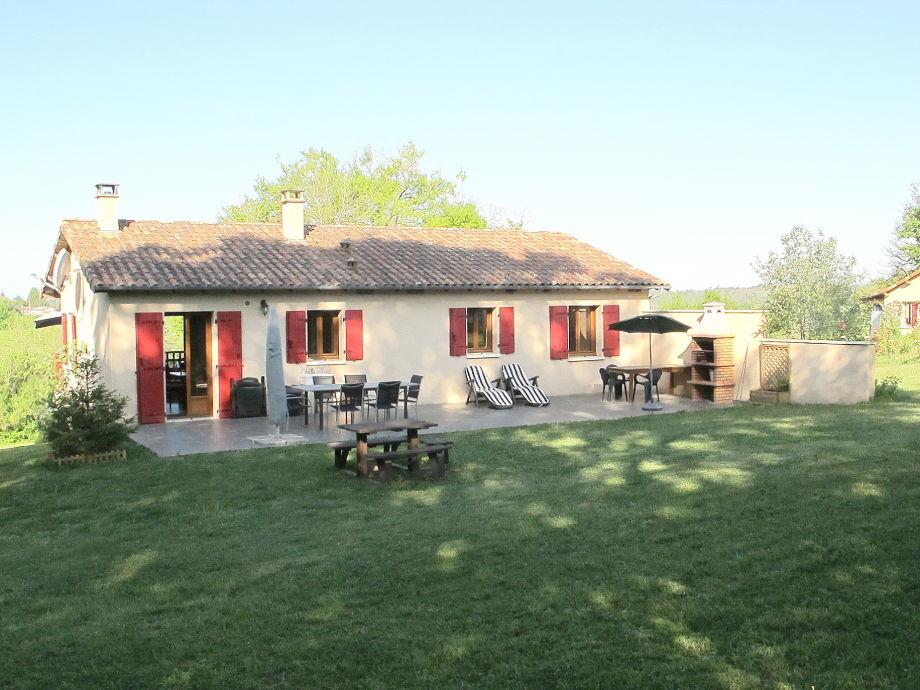 Das Ferienhaus im Grünen mit großer Terrasse