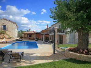 Villa Radetici