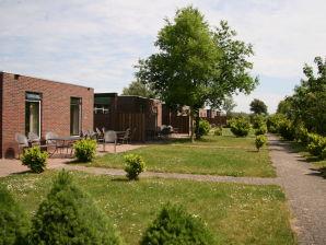 Bungalow F12 Familienhaus