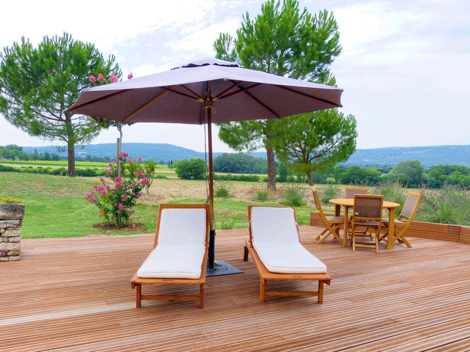 ferienhaus mit pool in der provence bei roussillon. Black Bedroom Furniture Sets. Home Design Ideas