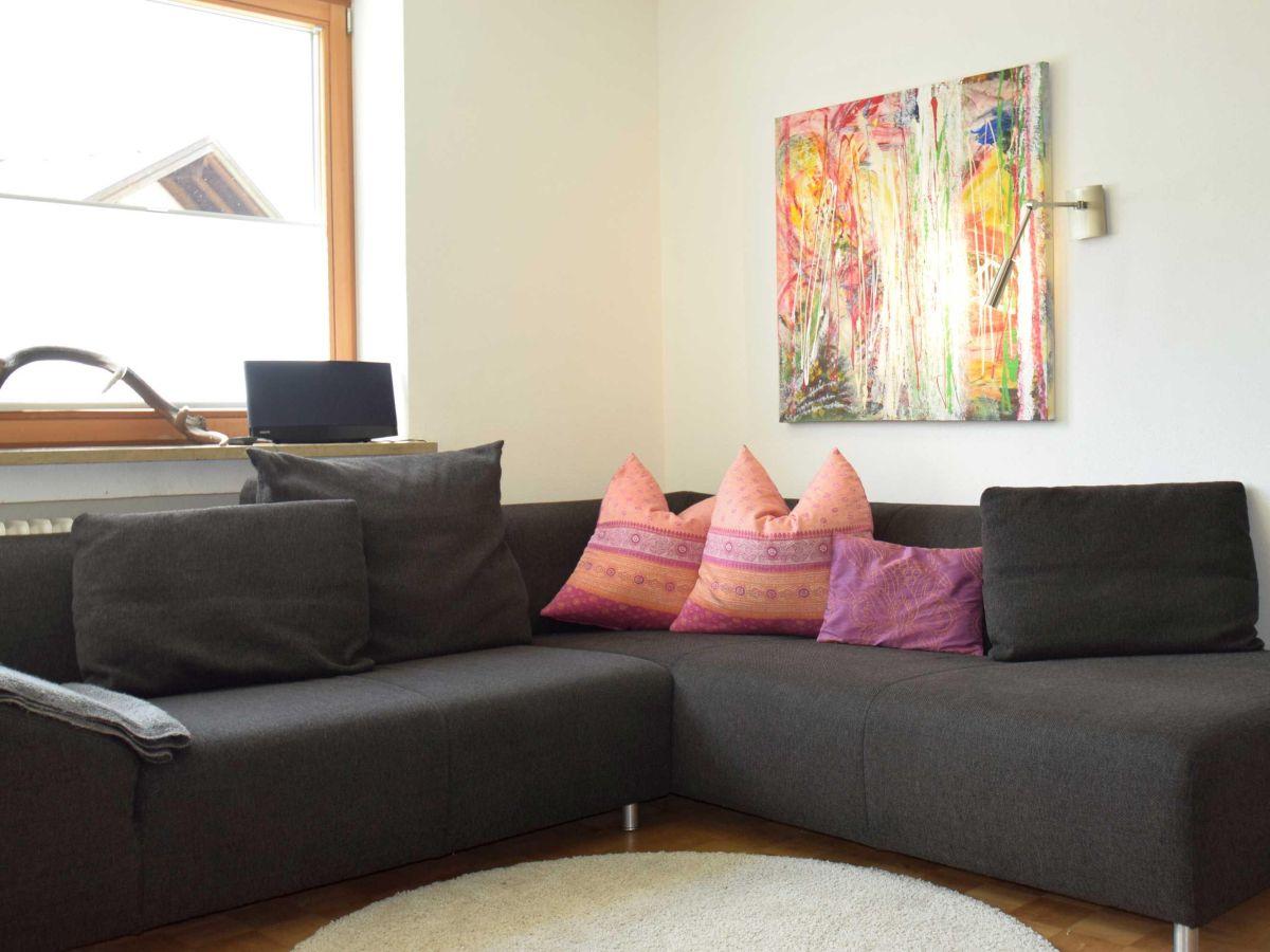 Ferienwohnung alpenraum dein apartment in hindelang for Sofa 8 personen