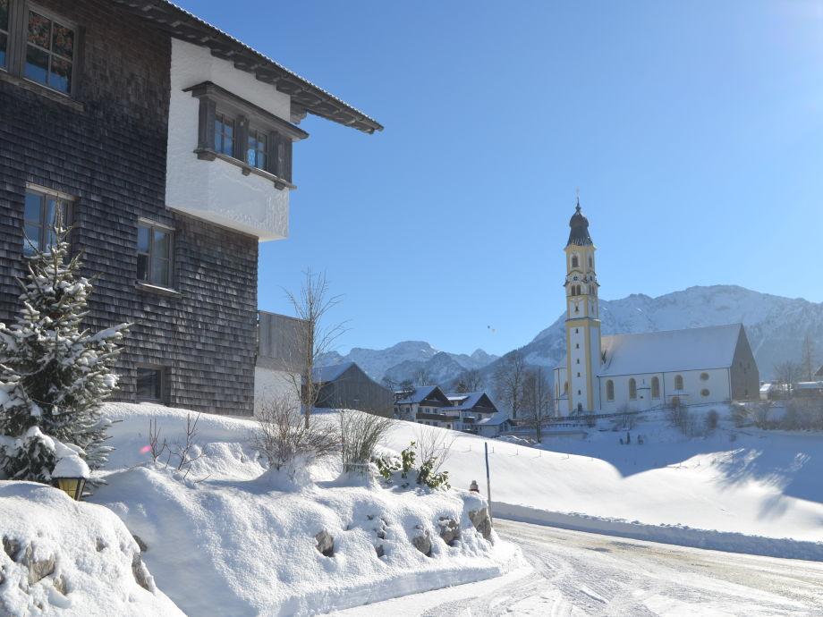 Haus mit Blick auf die Berge