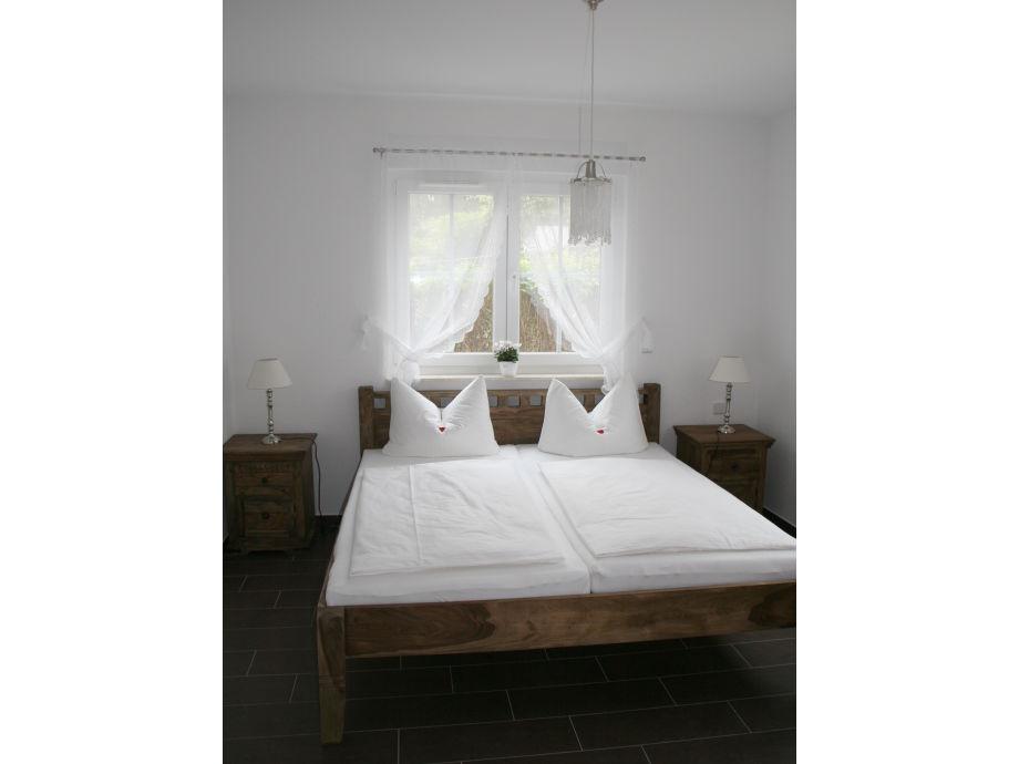 top ferienwohnung mit 2 schlafzimmern am sonnenh gel. Black Bedroom Furniture Sets. Home Design Ideas