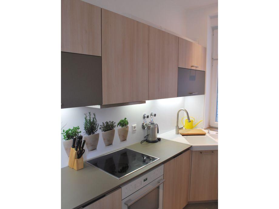 ferienwohnung auf dem gutshof am teich brandenburg potsdam frau susanne lutz. Black Bedroom Furniture Sets. Home Design Ideas
