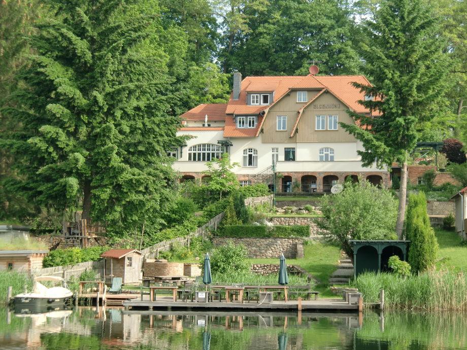 Außenaufnahme Haus Elsenhöhe, Rheinsberg 1