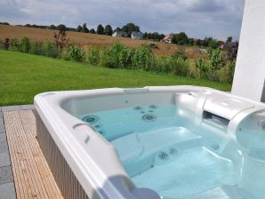 Ferienwohnung Villa Grande (EG) Luxus-Spa mit Garten