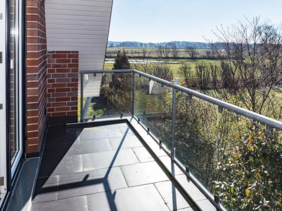 Balkon mit wunderschöner Sicht ...