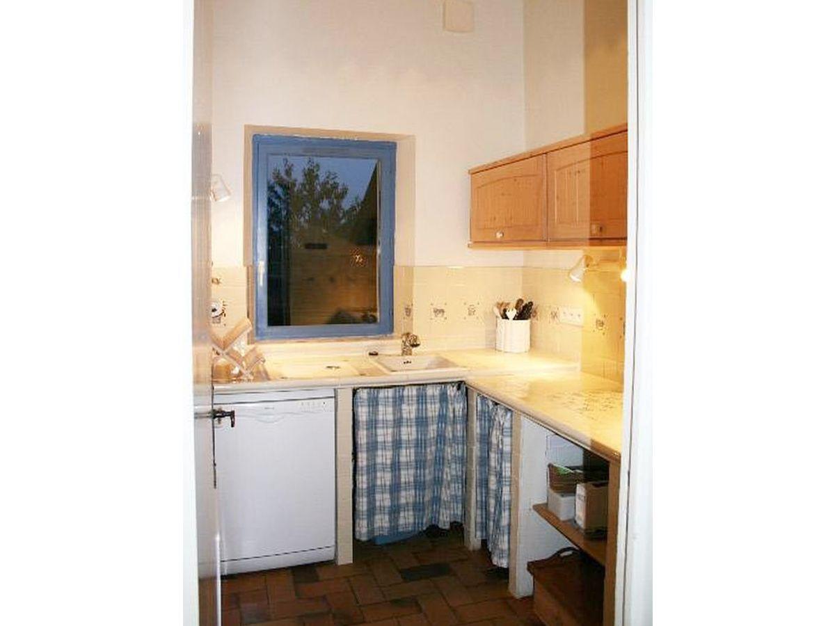 landhaus chez guittard mittelfrankreich bou re firma. Black Bedroom Furniture Sets. Home Design Ideas
