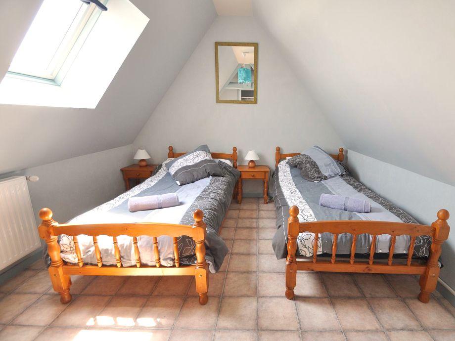 ferienhaus savennieres auf dem landgut de la roche mittelfrankreich saint jean de la motte. Black Bedroom Furniture Sets. Home Design Ideas