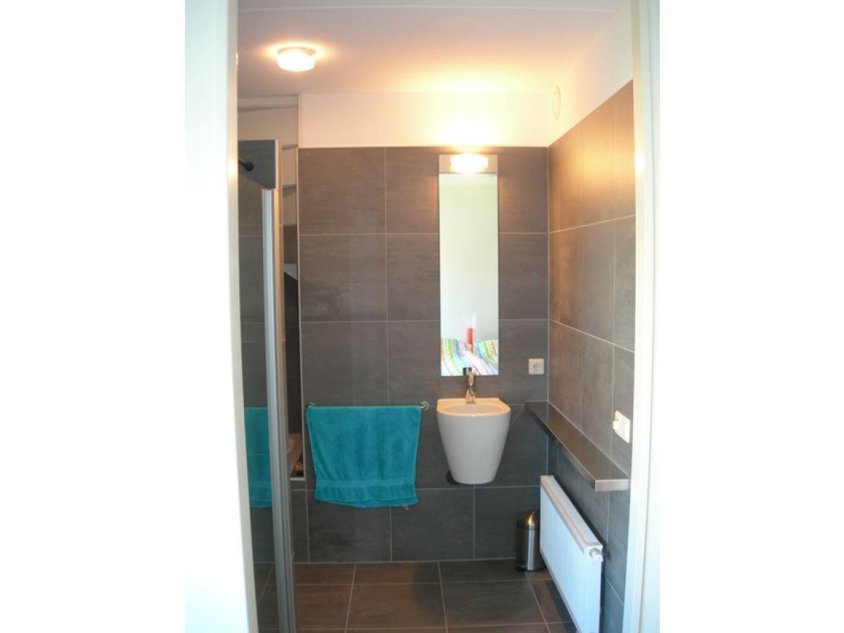 villa am wasser beim ijsselmeer ijsselmeer koudum. Black Bedroom Furniture Sets. Home Design Ideas