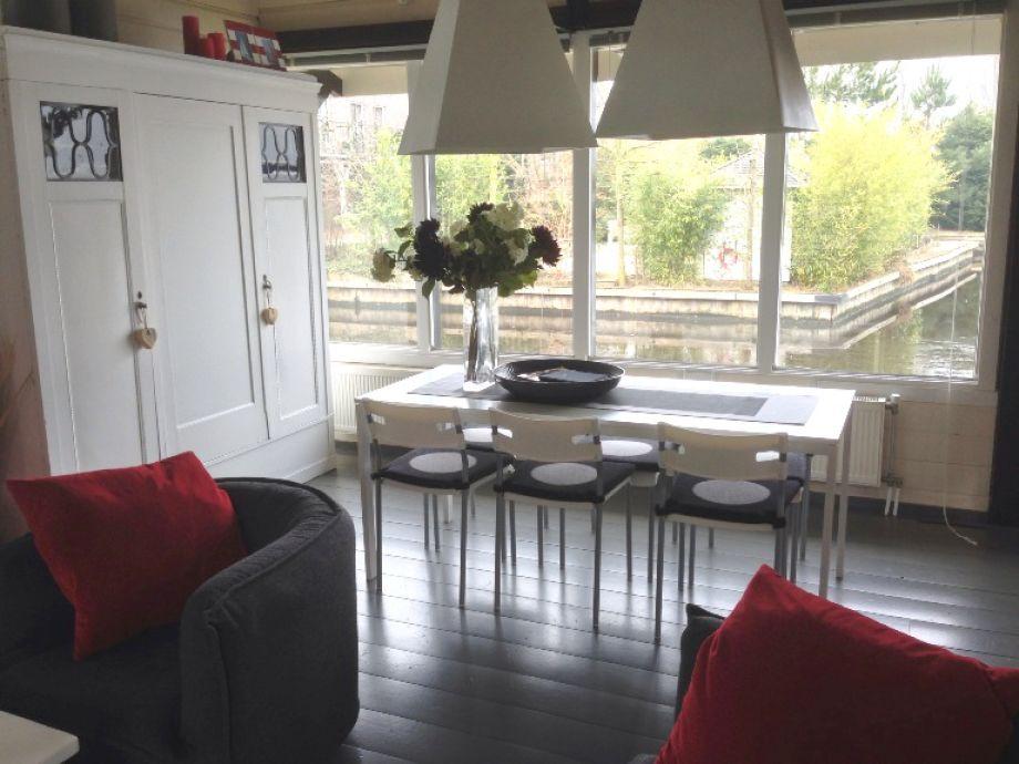 ferienhaus am wasser in stavoren ijsselmeer stavoren firma vakantiefriesland herr peter. Black Bedroom Furniture Sets. Home Design Ideas