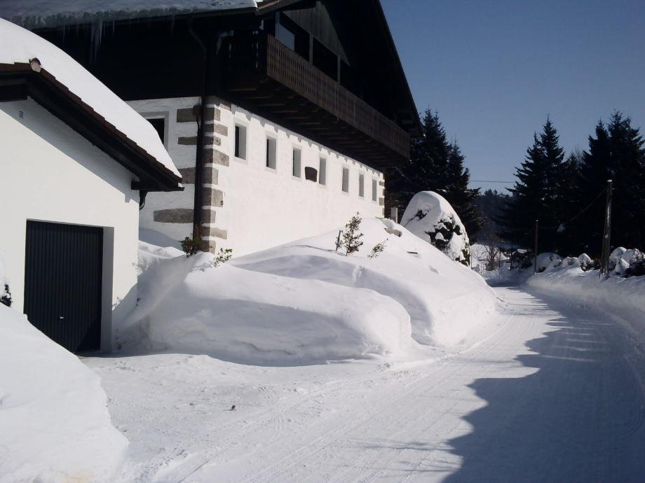 Alexanderhof vorne im Winter