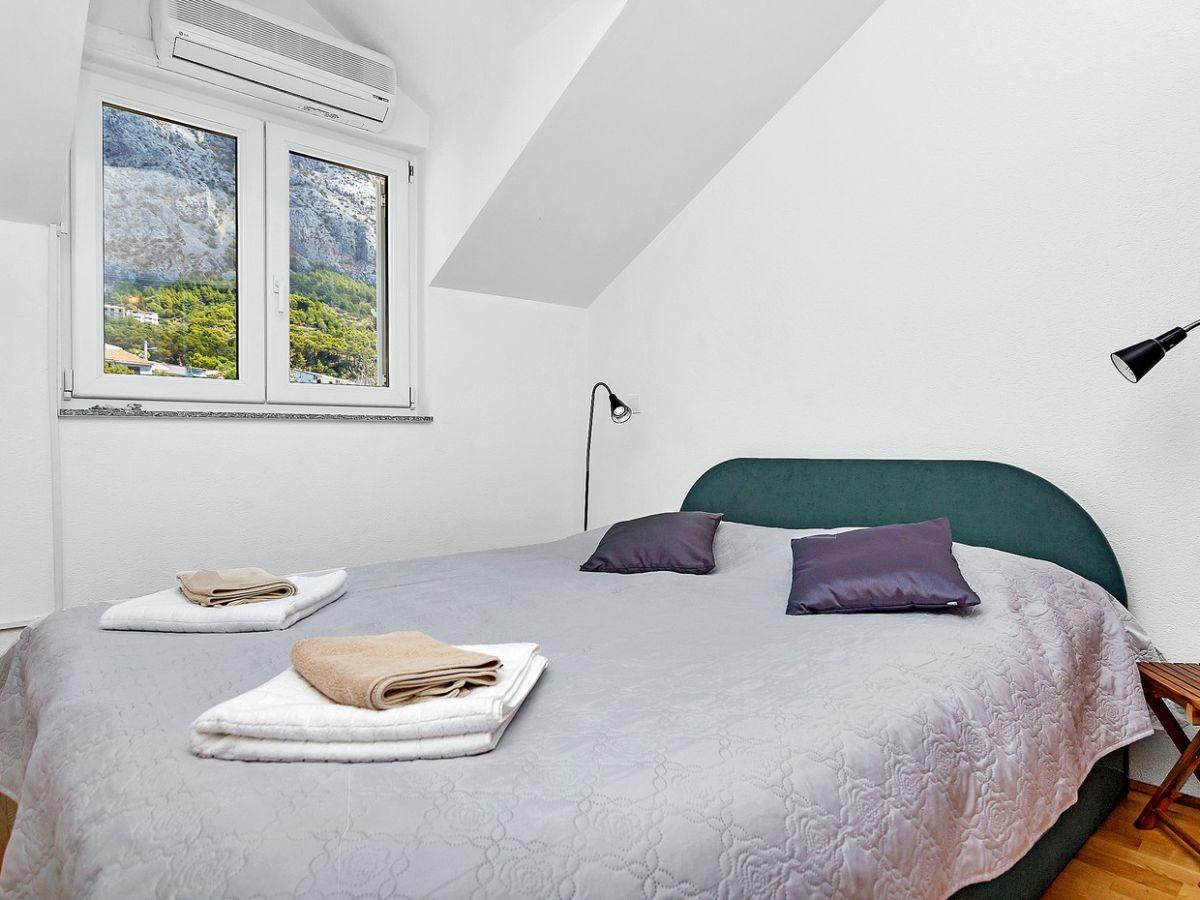 ferienwohnung swed makarska firma prominens d o o frau dubravka paunovic. Black Bedroom Furniture Sets. Home Design Ideas