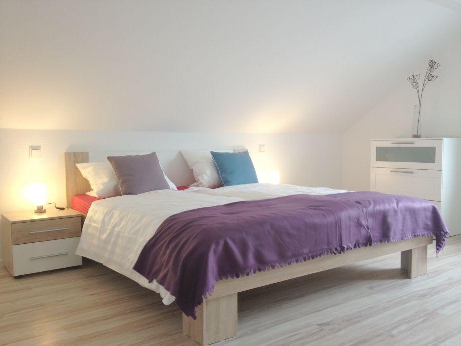 ferienwohnung moselblick im hause sonnenhof mosel. Black Bedroom Furniture Sets. Home Design Ideas