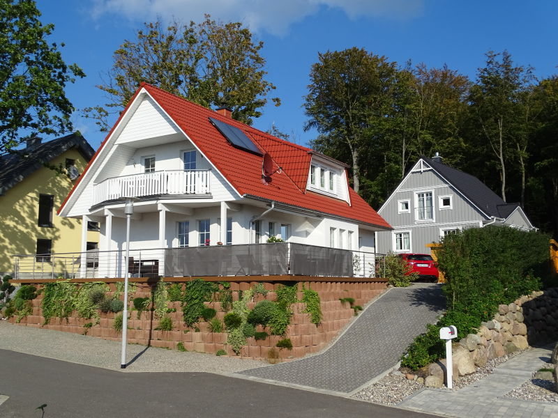"Holiday apartment ""Ostseeperle"""