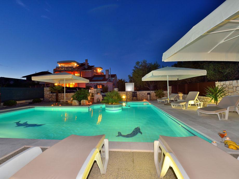 Villa mit Pool Zadar