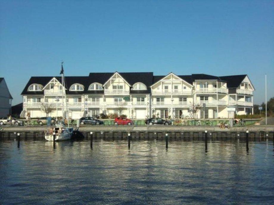 Außenaufnahme Hafenkiek U39 am Hafen Karlshagen