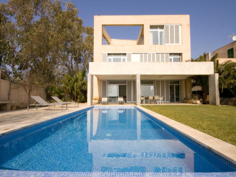 Villa Ref. 142