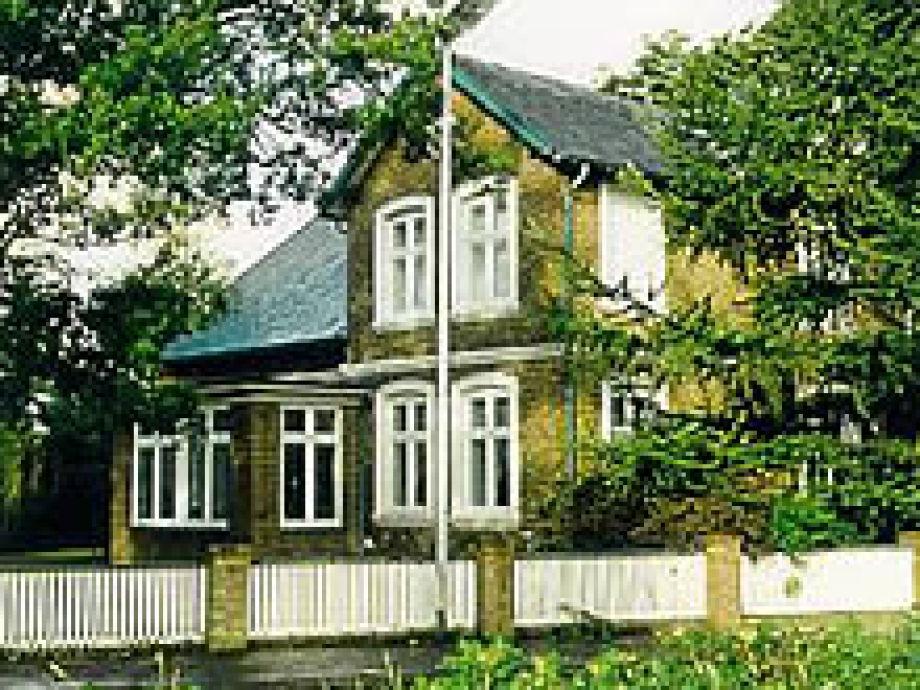 Die Aussenfassade des Kapitänshaus Paulsen