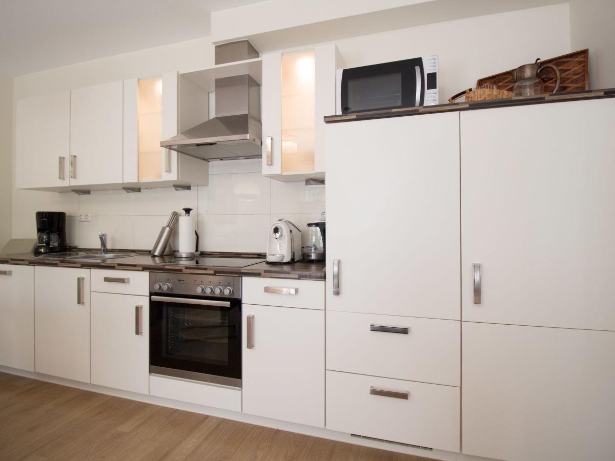 ferienwohnung meeresrauschen timmendorfer strand firma. Black Bedroom Furniture Sets. Home Design Ideas